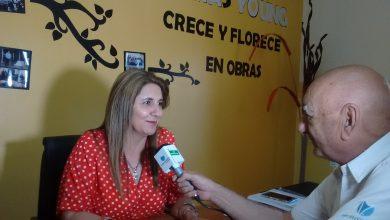 Photo of TOMAS YOUNG: Entrevistas a la Comisionado Elba Madllum , Dir. de la escuela Dlaudia y representantes de la Comparsa , Mariela y Vero