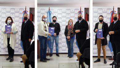 Photo of Fwd: ALCIDES CALVO CONTINÚA CON FIRMAS DE CONVENIOS ALIMENTARIOS Y ENTREGAS DE RECURSOS A INSTITUCIONES POR LA EMERGENCIA DE COVID-19